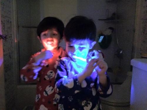 Glowing Brush Routine VenusSiandre 500x375 Children's Dental Health Month #SilverstromSmiles Contest